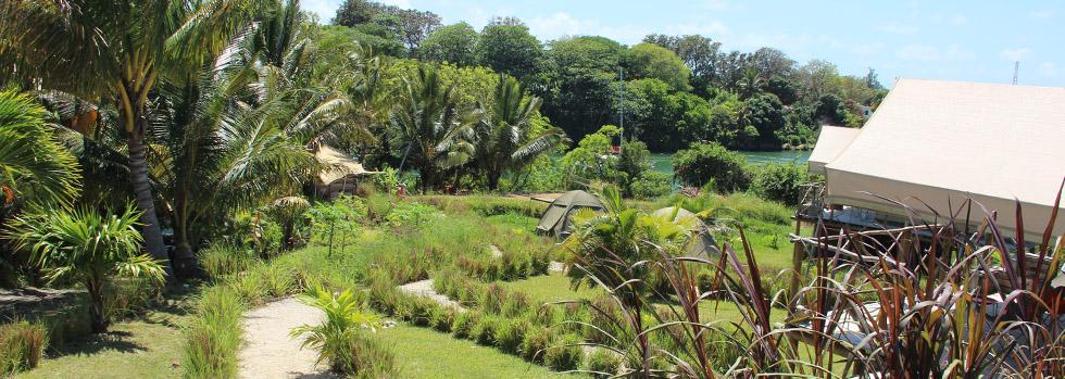 Otentic Eco Tent Experience - vue sur Grande Rivière Sud Est