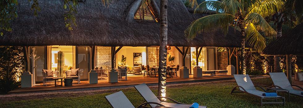 Hôtel Le Paradis à l'île Maurice, la piscine et la mer