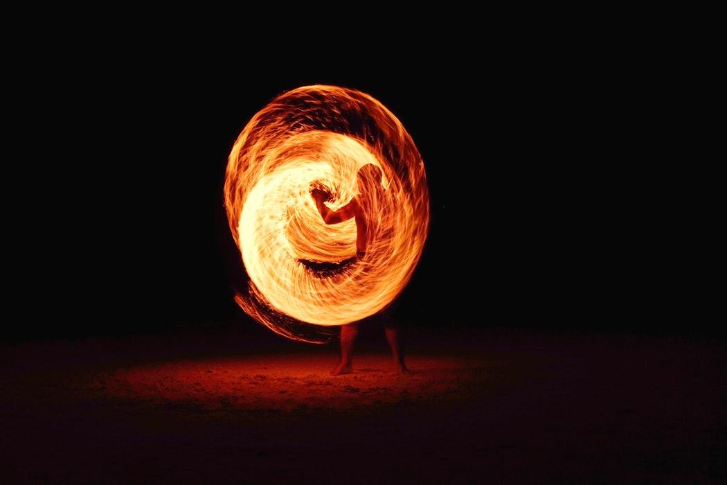 Découvrez le spectacle Tribe à La Pirogue Resort & Spa, ce vendredi 29 mars.