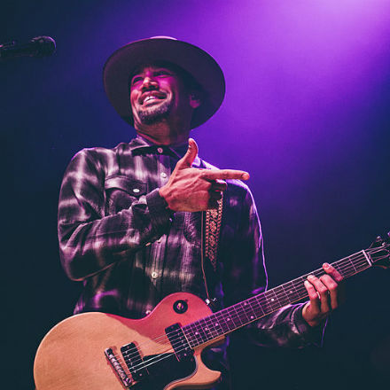 Ben Harper en concert au Trianon Convention Centre ce samedi 8 juin.